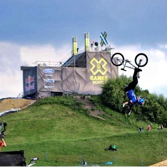 Tonite watch ESPN as Albe's own @chadkagy goes for gold on the MEGA RAMP at Xgames in Austin!
